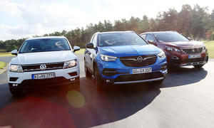 VW Tiguan, Opel Grandland X, Peugeot 3008