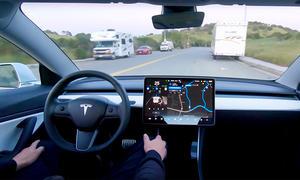 Tesla Model 3 fährt autonom