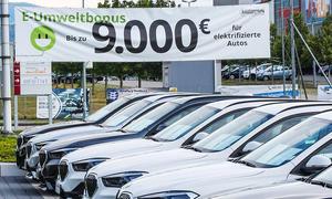 Umweltbonus: E-Auto-Prämie beantragen