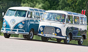 VW T1 Samba Bulli/Ford Transit Panorama: Classic Cars