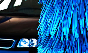 Waschanlage zerkratzt Autos