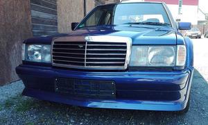 Mercedes 190 E Evo V8 Umbau: Video