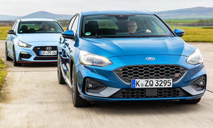 Hyundai i30 N Performance/Ford Focus ST
