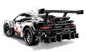 Porsche 911 RSR: Lego-Technic