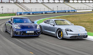 Porsche Panamera Turbo S/Porsche Taycan Turbo S