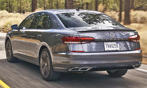VW Passat (2019) USA