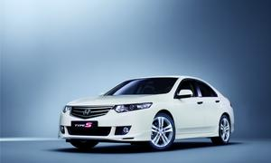 Honda Accord Type S: Frontansicht