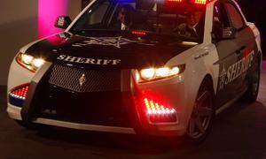 BMW liefert Dreiliter-Diesel an Carbon Motors US-Polizeitauto