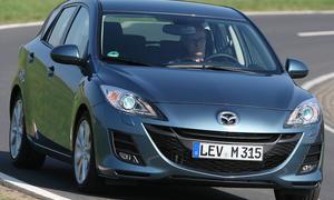 Die Bi-Xenonscheinwerfer für den Mazda 3 kosten 1150 Euro und sind nur mit Navisystem bestellbar