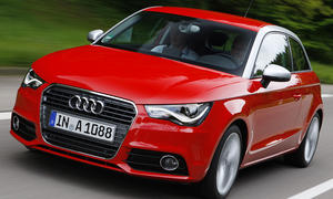 In seiner Sachlichkeit und makellosen Verarbeitung repräsentiert der kleinste Audi den gewohnt hohen Standard