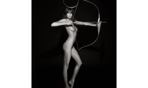 Pirelli-Kalender 2011Daria Werbowy als Artemis