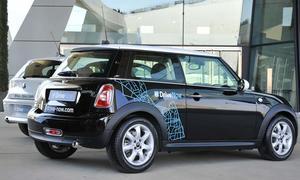 Mit 800 Mini und BMW 1er startet das Carsharing-Unternehmen DriveNow in München und Berlin