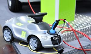 Reine Elektroautos sind eher selten, Hybridautos liegen dagegen im Trend