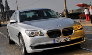 Bilder BMW 730d Dauertest Dämpfer