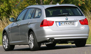 Der BMW 318d Touring steht für den drahtigen Sportkombi