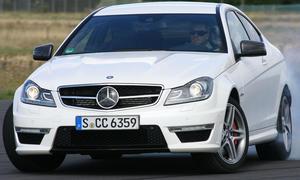 Mercedes C63 AMG Coupé fühlt sich wie ein echter Sportwagen an