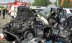 Geisterfahrer Unfall Autobahn 2012 Falschfahrer Leichtsinn Schilder Auffahrt Unfälle