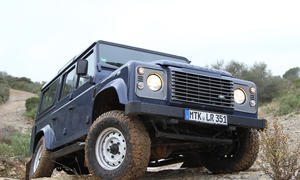 Land Rover Defender 2-2 TD4 110 Station Wagon
