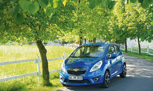 Bilder Chevrolet Spark 2013 Dauertest