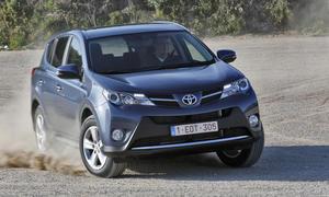 Bilder Toyota RAV4 2.2 D-4D 2013 SUV Fahrbericht Karosserie Abmessungen