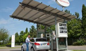 Alternative Kraftstoffe für Autos wie Autogas, Wasserstoff, Pflanzenöl