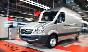 Mercedes Sprinter Transporter Kooperation Renault Nutzfahrzeuge