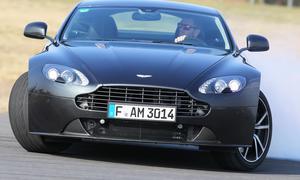 Aston Martin Vantage SP10 2013 Sondermodell Sport-Coupé V8 Test