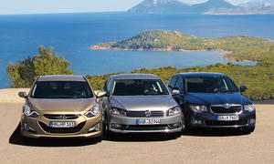 Vergleichstest Mittelklasse VW Passat 2.0 TDI Hyundai i40 1.7 CRDi Skoda Superb 2.0 TDI