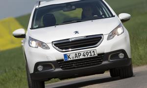 Bilder Peugeot 2008 VTi 82 2013 Crossover Front