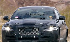 Erlkönig Jaguar XS 2015 X-Type Mittelklasse-Limousine Mule Bilder