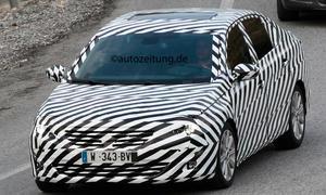 Erlkönig Peugeot 308 Limousine Bilder 2014 Stufenheck