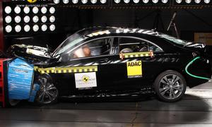 Mercedes CLA Euro NCAP Crashtest 2013 5 Sterne