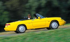 Alfa Romeo Spider 2000 Bilder technische Daten Traumwagen Youngtimer