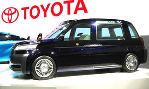 Toyota JPN Taxi Concept Tokyo Motor Show 2013 Bilder