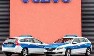 Volvo V60 Plug-in-Hybrid Polizeiauto D6 AWD Bilder