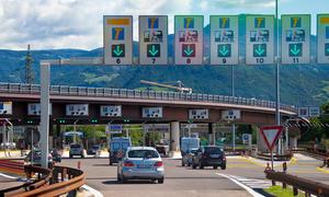 Pkw-Maut-2014-Mineraloelsteuer-Sprit-Preise-Erhoehung-statt-Autobahn-Maut