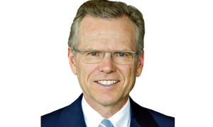 Bilder Jaguar Land Rover Interview Technik Vorstand Wolfgang Ziebart