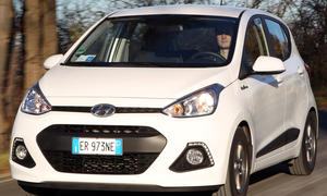 Bilder Hyundai i10 blue 1.0 City Cars Kleinstwagen