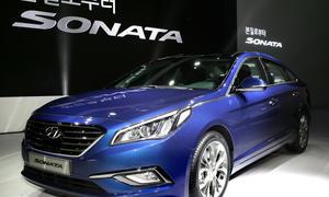 2015 Hyundai Sonata Mittelklasse-Limousine Premiere Neuheit USA Korea i40