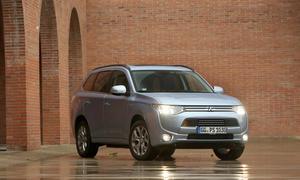 Mitsubishi Outlander PHEV Plug in Hybrid Preise Marktstart 2014