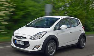 Hyundai ix20 Crossline Sondermodell 2014 Preis Minivan Bilder