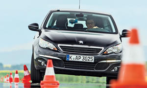 Peugeot 308 SW Blue HDi 120 Test 2014