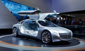 Daimler Brennstoffzelle Wasserstoffauto Markteinfuehrung 2017
