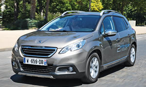 Peugeot 2008 HYbridair 2014 Test Fahrbericht Hydraulikmotor Bilder