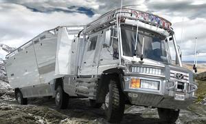 KiraVan 2014 Wohnmobil Expeditionsfahrzeug Anhaenger Unimog Labor