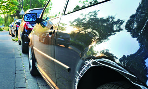 Ratgeber Fahrerflucht Straftat richtiges Verhalten Wartezeit Folgen