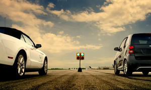Frisch aus dem Netz: Smart fortwo electric drive Drag Race
