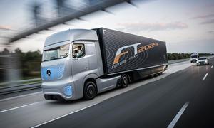 Mercedes-Benz Future Truck 2025 LKW der Zukunft Autonomes Fahren IAA Nutzfahrzeuge 2014 Studie17