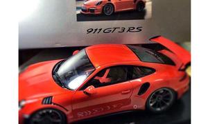Porsche 911 T3 RS 2015 Modellauto erste sBild Rennversion
