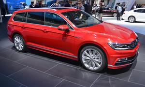 VW Passat Variant R-Line 2014 B8 Mittelklasse-Kombi Bilder Live Pariser Autosalon